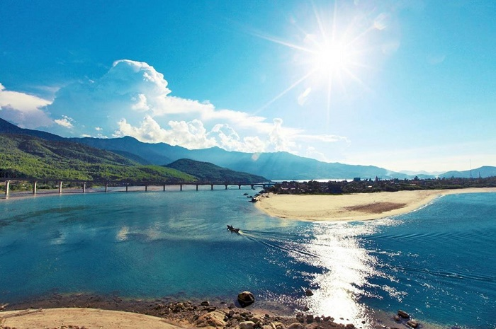 Danang Hue Hoi An package tour 3 days