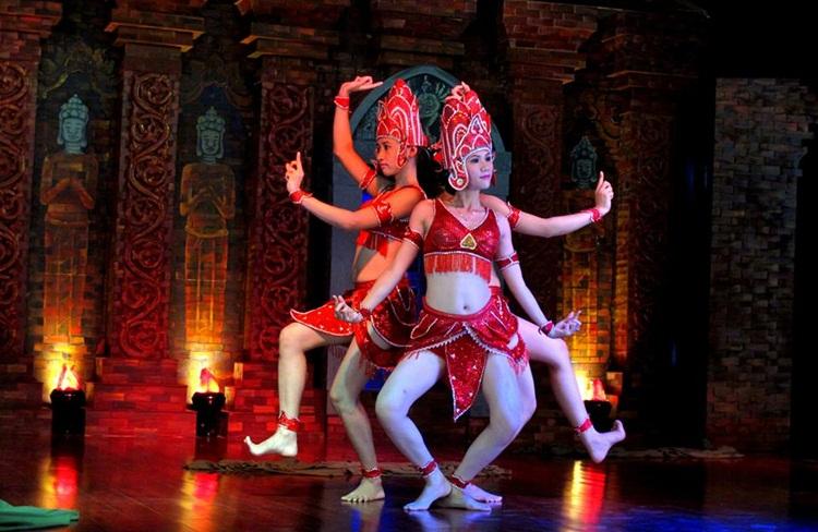 Cham Folk Dance show