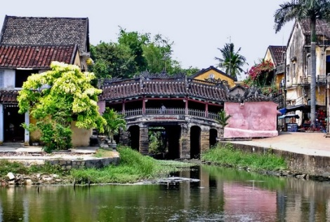 Japanese Covered Bridge - Hoian