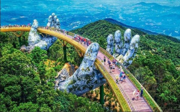 Golden Bridge, Bana Hill, Danang-Top check-in place 2019